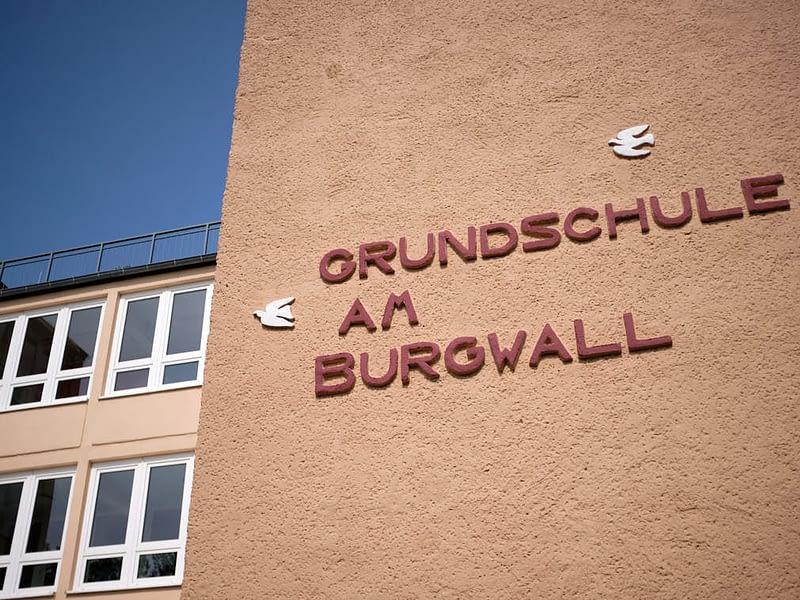 Grundschule am Burgwall Eingang Detail